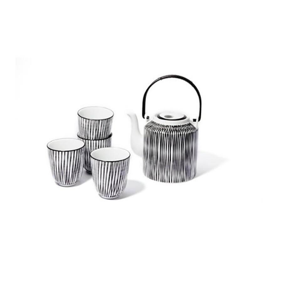 Theeset zwart wit met vier tassen